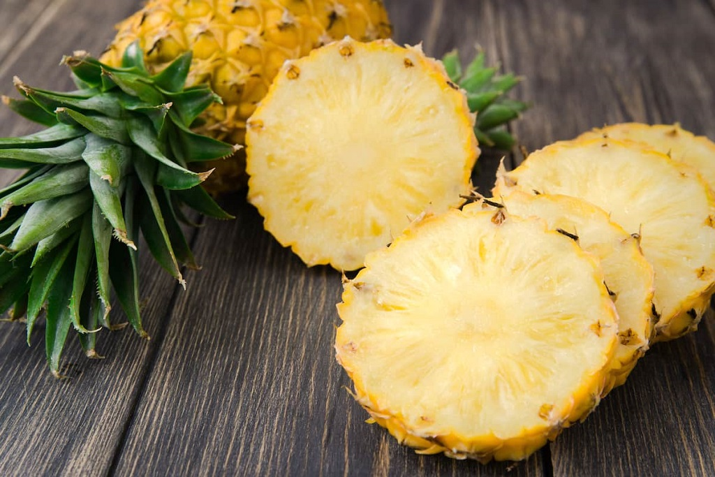 How to Ripen Pineapple quickly at home